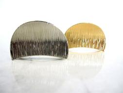 Medium/small silver or gold tone textured metal hair claw cl